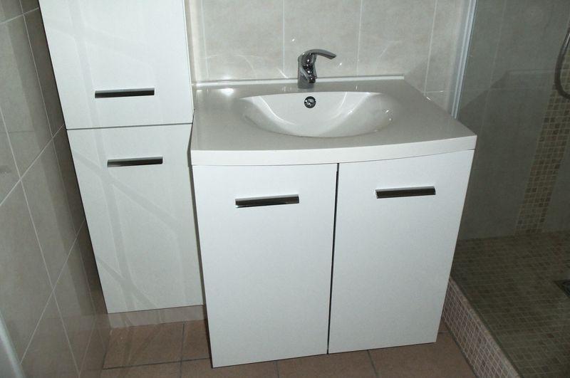 r novation salle de bain aix en provence refaite enti rement en plomberie lectricit carrelage. Black Bedroom Furniture Sets. Home Design Ideas